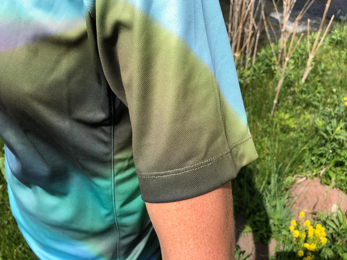Sleeve detail - women's mountain bike jersey review