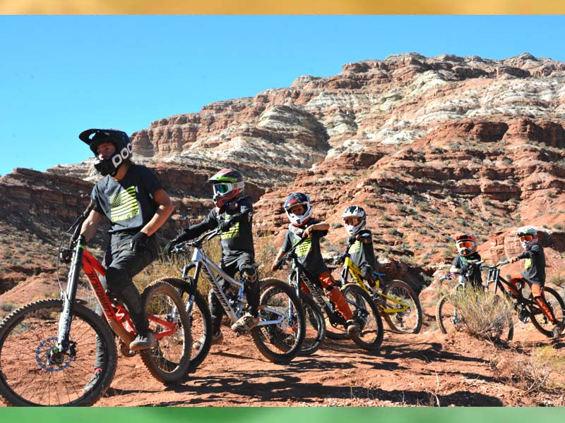 A group of the Commencal development group at the MtnRanks Fanpage