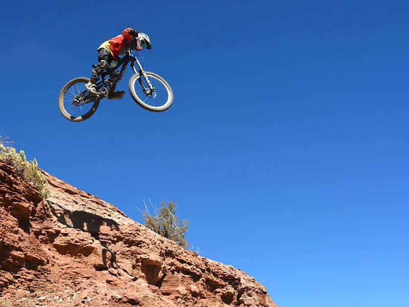 Look out below - MtbRanks Grompage