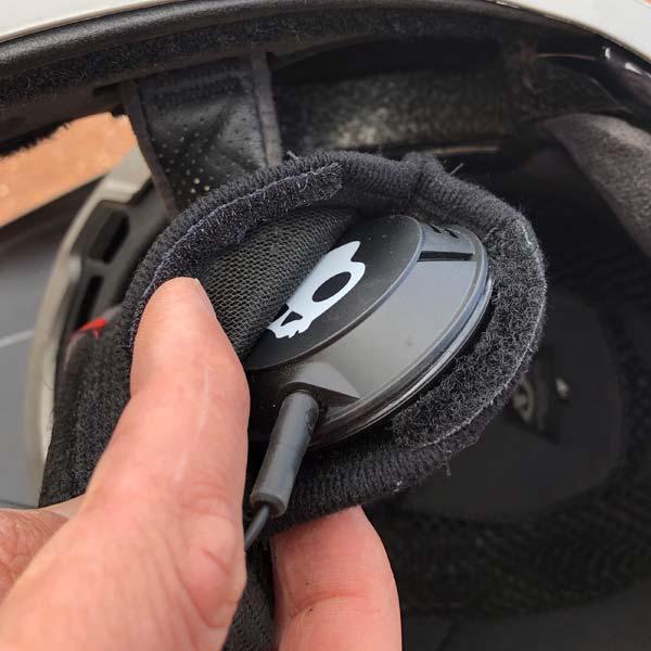 Inserting headphones in the Giro Disciple mountain bike helmet