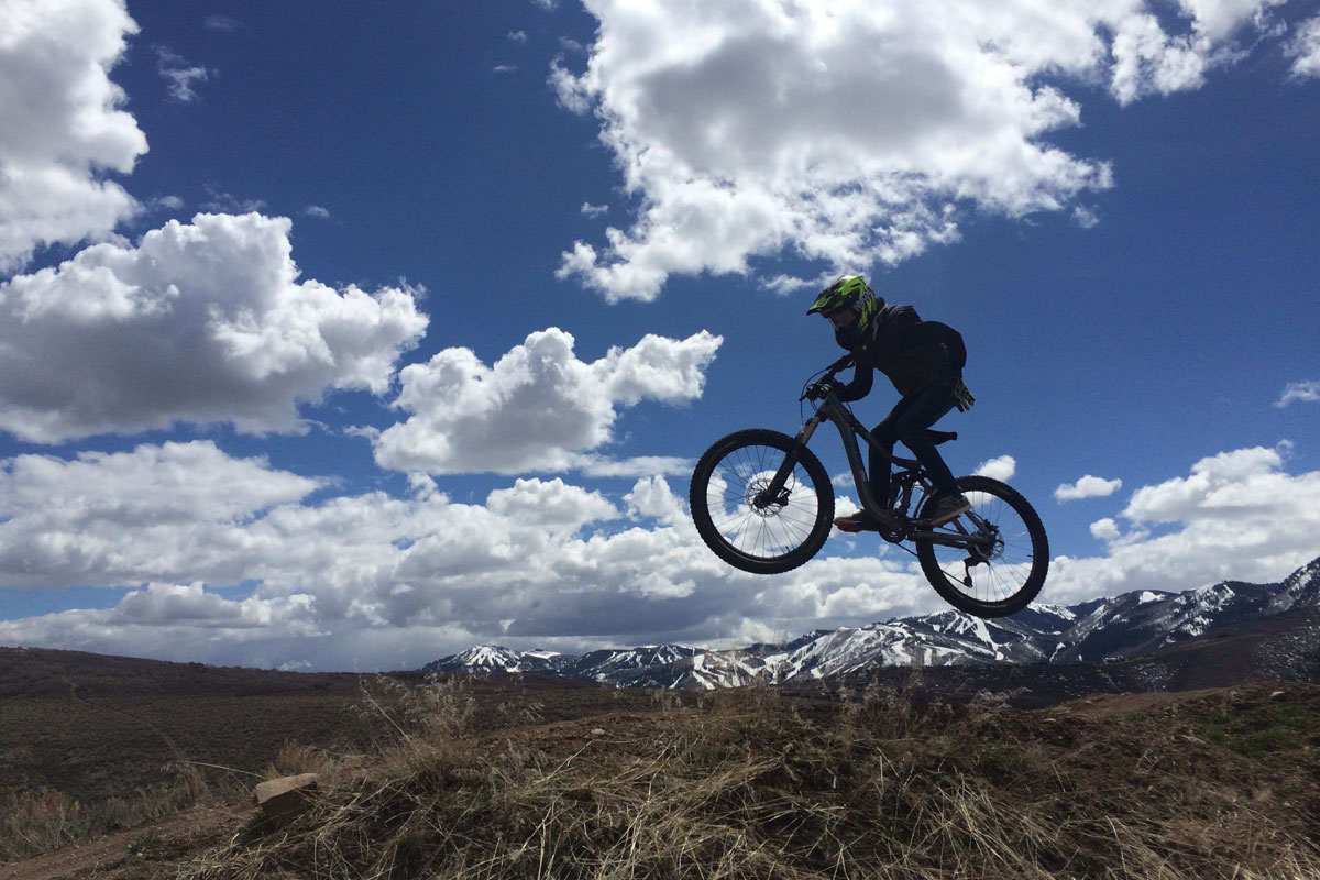 Trailside Mountain Bike Park, Park City, UT, jump line, one hander