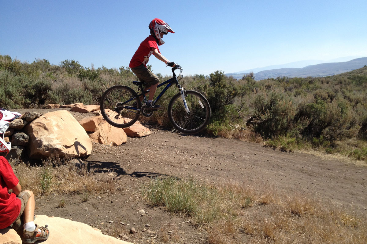 Trailside Mountain Bike Park, Park City, UT, drop, skills