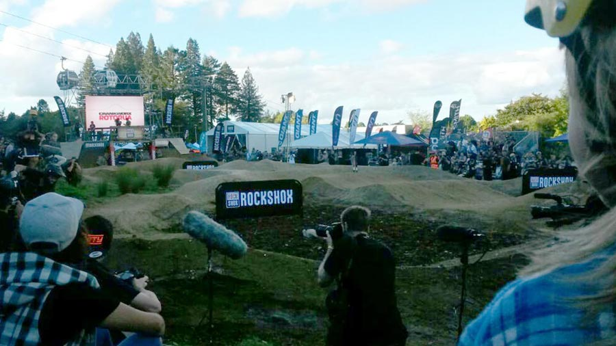 Watching the RockShox Pump Track Challenge