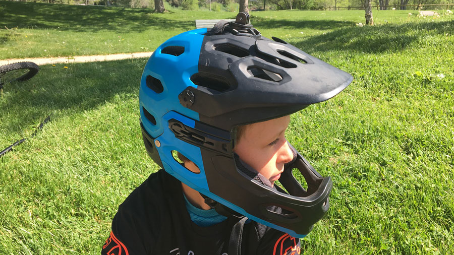 Bell Super 2r Helmet Review - Mountain Biking With Kids
