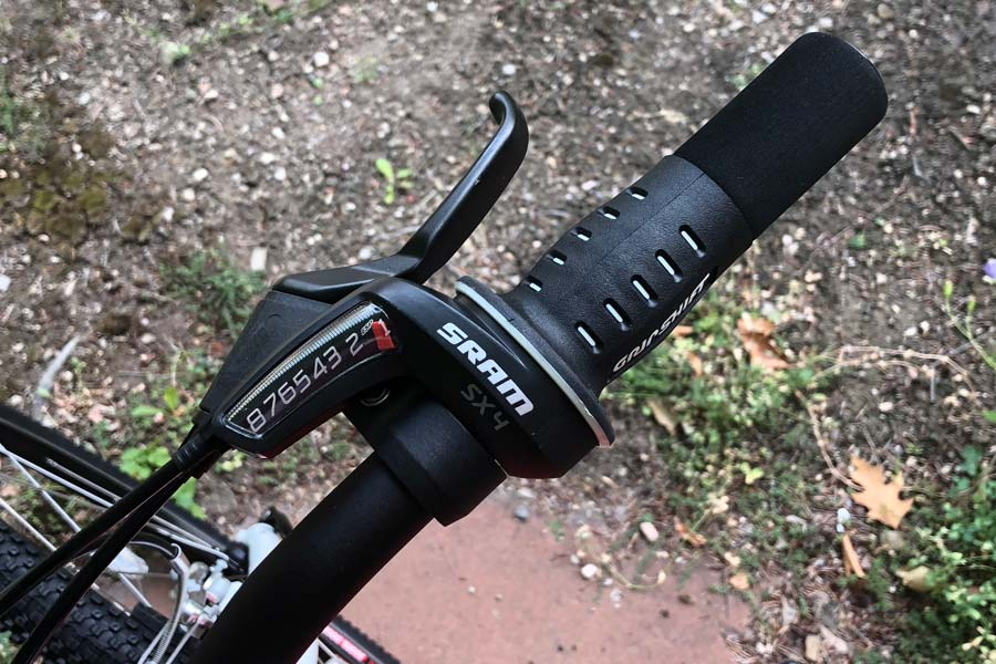 Woom 5 children's bike shifter and brake lever