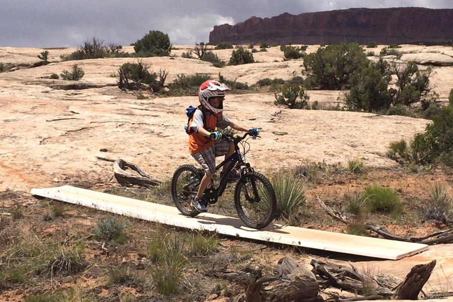 Beginning mountain bike trails in Moab - Bar M trail