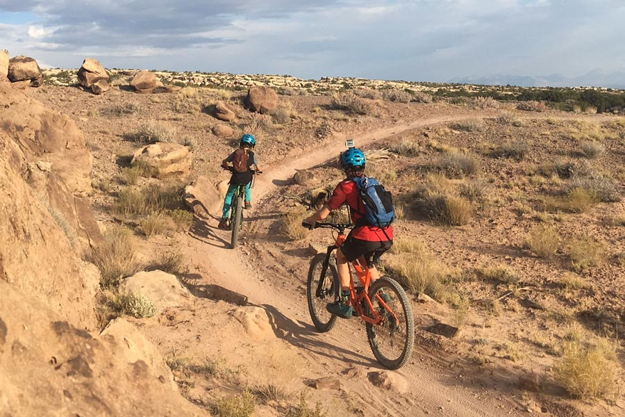 Beginner mountain bike rides in Moab