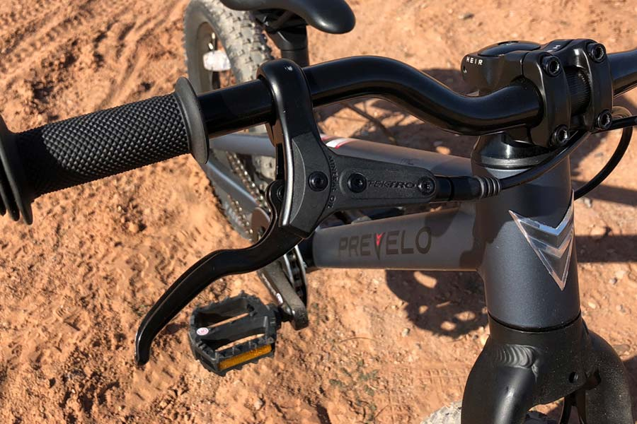 Tektro brake lever on the Prevelo Zulu One