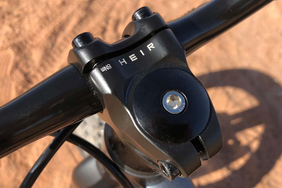 Stem detail on the Prevelo Zulu One