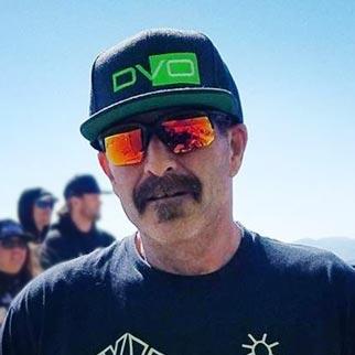 Downhill Mike Scheur