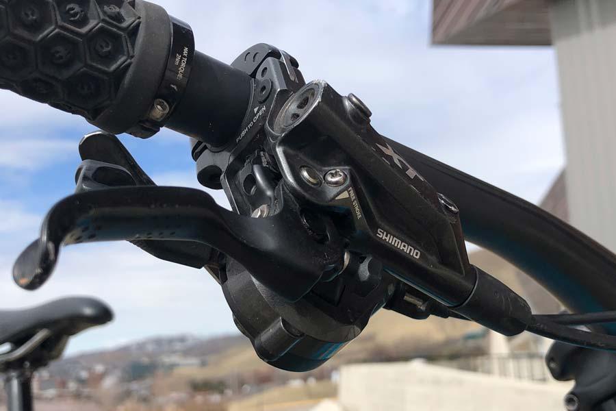 Shimano XT brake lever and shifter, Pivot Mach 6 carbon