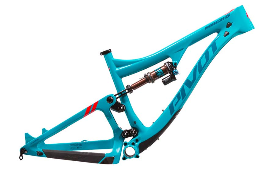 Pivot Mach 6 Carbon frame - isolated