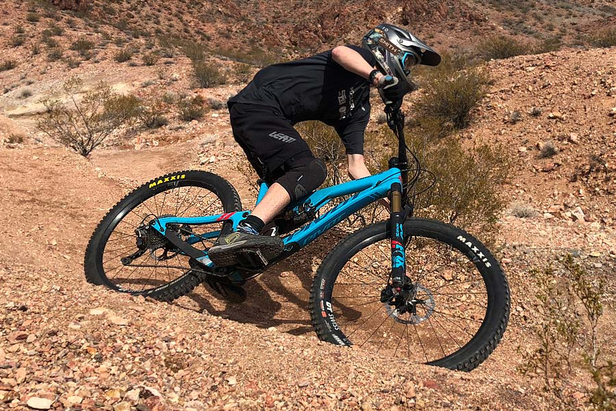 Consider the Pivot Mach 6 carbon for your rippin' mtb teen