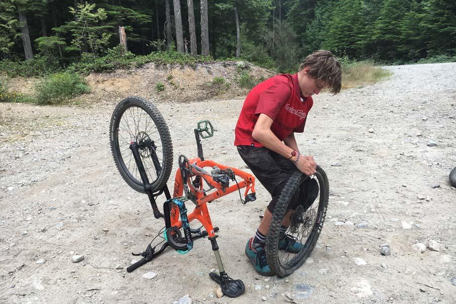 Fixing a flat mountain bike tire