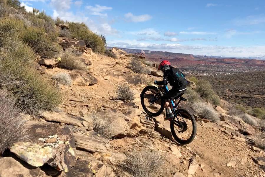 Climbing tough terrain on the Pivot LES 27.5