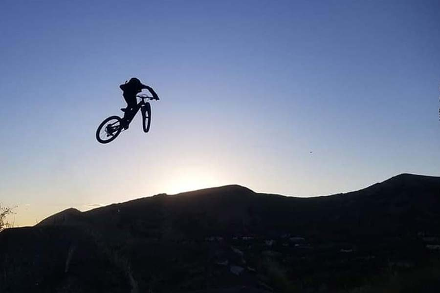 Launching the Commencal Clash Jr. into the sunset