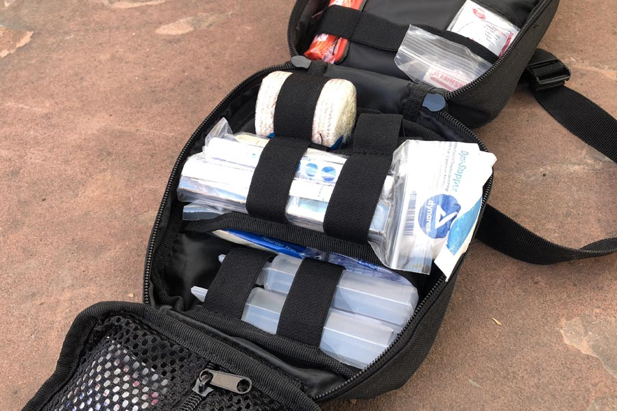 MyMedic MyFAK kit open - detail