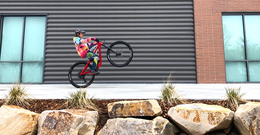 Norco Sight 27.5 Preview, a full-suspension mountain bike for kids